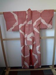 Traditionele Japanse Vintage Kimono Gevlekt Rood Witte Stip