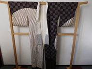 Traditionele Japanse Kimono ruit grijs