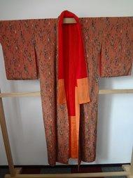Traditionele japanse zijden kimono oranje strepen antiek