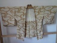 Traditionele Japanse kimono jasje haori goud Japan showa