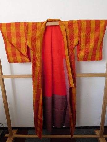 Traditionele Japanse Kimono oranje/geel ruit