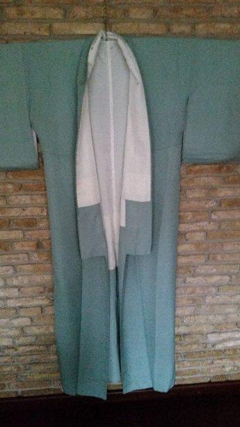 Traditionele Japanse Kimono blauw met wit omrand