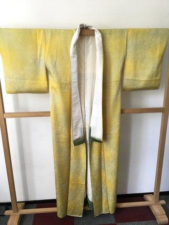 kimono ingeweven bladeren