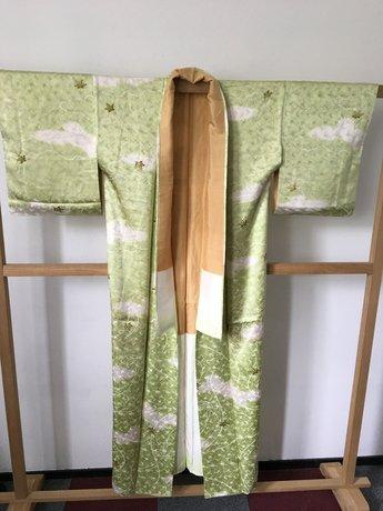 kimono groen witte wolkjes