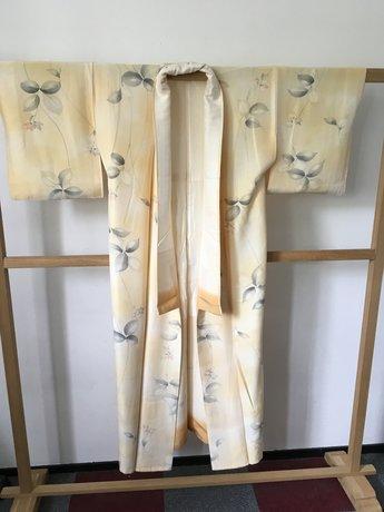 Kimono geel groen takjes
