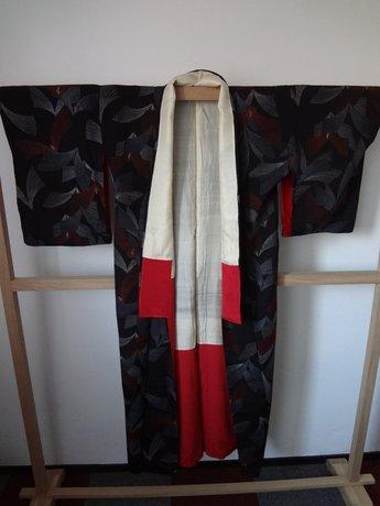 Traditionele Japanse Vintage Kimono Japans Zwart Rood zilver Golf
